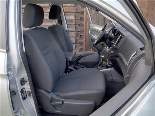 Предпросмотр foton sauvana 2016 передние кресла
