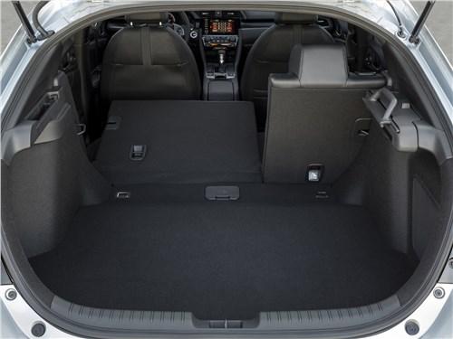 Предпросмотр honda civic hatchback 2020 багажное отделение