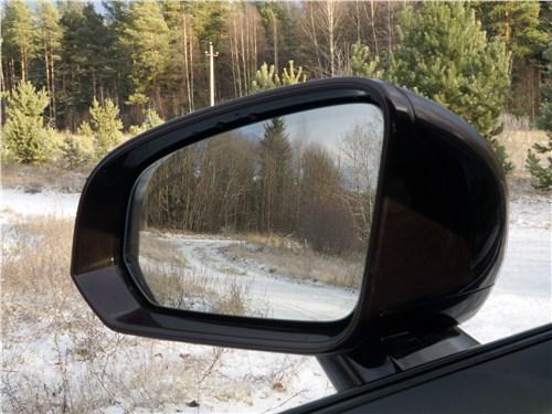 Предпросмотр volvo v60 cross country 2019 боковое зеркало