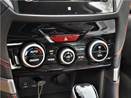 Subaru Forester Sport (2019) климат-контроль