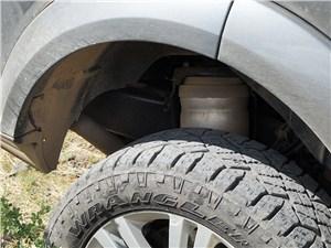 Land Rover Discovery 2014 задняя подвеска