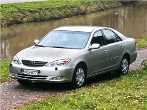 Nissan Teana, Toyota Camry, Skoda Superb