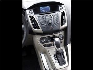 Авто с пробегом (Opel Astra, Ford Focus, Renault Megane II) Focus -