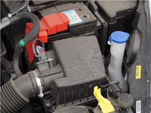 Ford Fiesta sedan 2015 двигатель