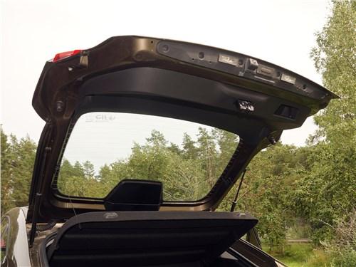 Renault Arkana 2020 пятая дверь