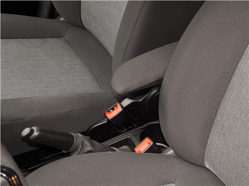 Fiat Doblo 2015 передние кресла
