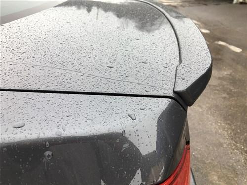 Subaru WRX Sport (2018) антикрыло