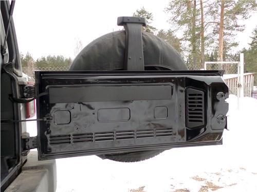 Предпросмотр jeep wrangler 2007 задняя дверь