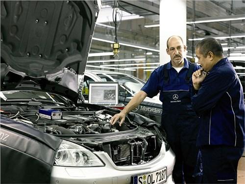 Новость про Mercedes-Benz - Слабый рубль может сыграть на руку Mercedes-Benz