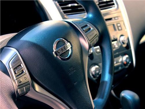 Новость про Nissan - Петербургскому заводу Nissan исполнилось десять лет