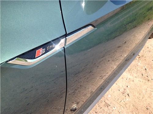 Audi A5 Coupe 2017 эмблемы S-line