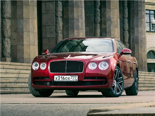 Bentley Continental Flying Spur 2013 вид спереди