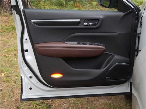 Renault Koleos 2017 дверь