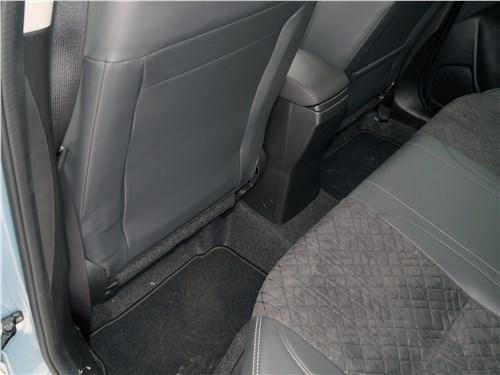 Suzuki Vitara 2019 второй ряд