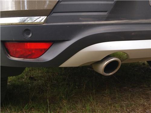 Renault Arkana 2020 выхлопная труба