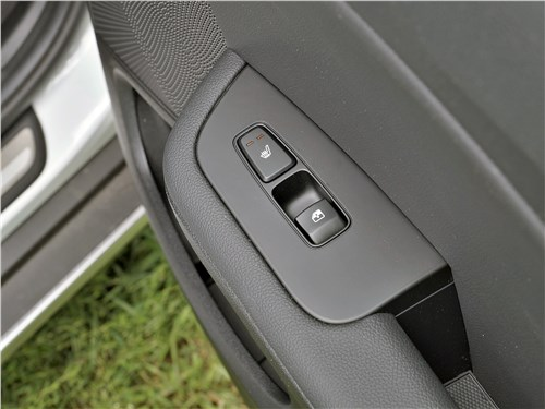 Kia XCeed 2020 дверь
