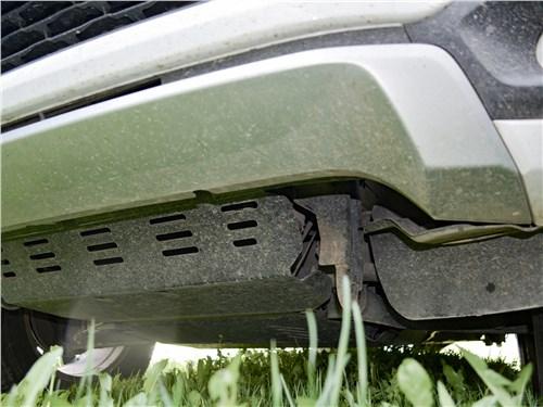 Mitsubishi Pajero Sport (2020) защита моторного отсека