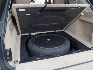 Предпросмотр range rover lwb 2014 запасное колесо