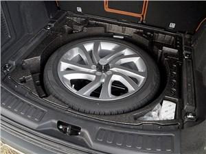 Предпросмотр land rover discovery sport 2015 запасное колесо