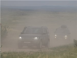"Land Rover Discovery 2014 ""в тумане"""