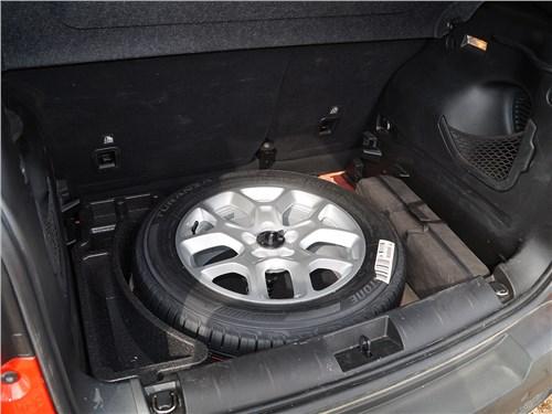 Предпросмотр jeep renegade 2014 полноразмерная запаска