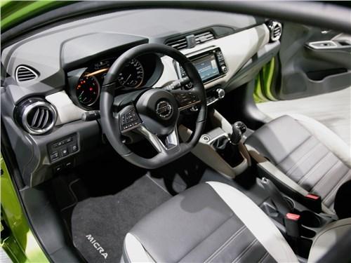 Европейский подход (Citroen C2, Citroen C3, Fiat Grande Punto, Ford Fiesta, Hyundai Getz, Nissan Micra, Opel Corsa, Seat Ibiza, Skoda Fabia, Volkswagen Polo) Micra - Nissan Micra 2017 салон