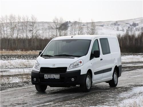 Peugeot Expert Profi Transformer 2014 вид спереди