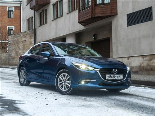 Mazda 3 sedan 2017 вид спереди