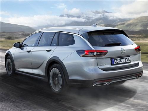 Opel Insignia Country Tourer 2018 вид сзади