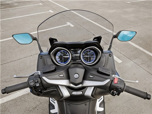 Yamaha TMAX 2017 руль