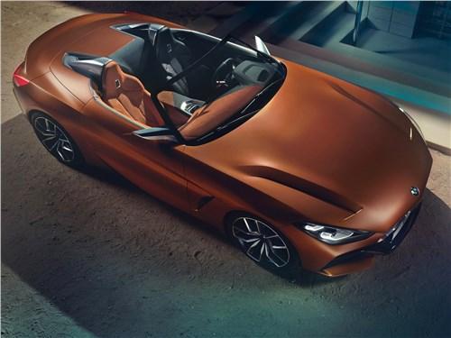 Спутники лета (Обзор российского рынка открытых автомобилей - 2006) Z4 - BMW Z4 Concept 2017 вид сверху