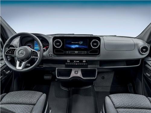Mercedes-Benz Sprinter 2018 салон