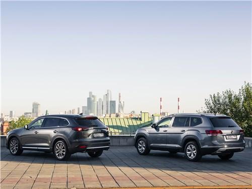Mazda CX-9 2016 и Volkswagen Teramont 2018 вид сзади