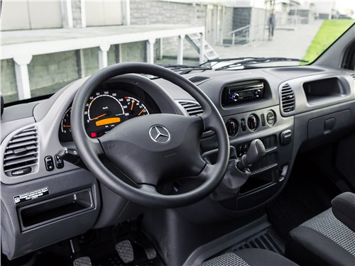 Mercedes-Benz Sprinter 2018 салон