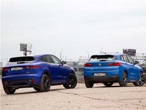 BMW X2 20d xDrive 2019 и Jaguar E-Pace D240 2018 вид сзади