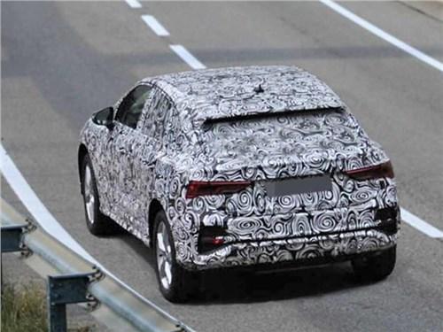 Audi Q4 замечен во время тестовых испытаний