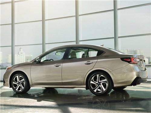 Subaru Legacy - Subaru Legacy 2020 вид сбоку