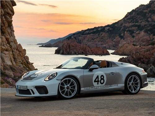 Porsche 911 Speedster 2019 вид спереди