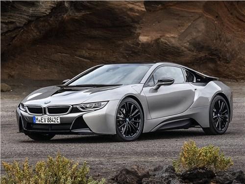 BMW i8 - BMW i8 Coupe 2019 вид спереди
