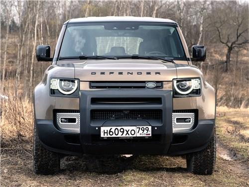 Land Rover Defender 110 (2020) вид спереди