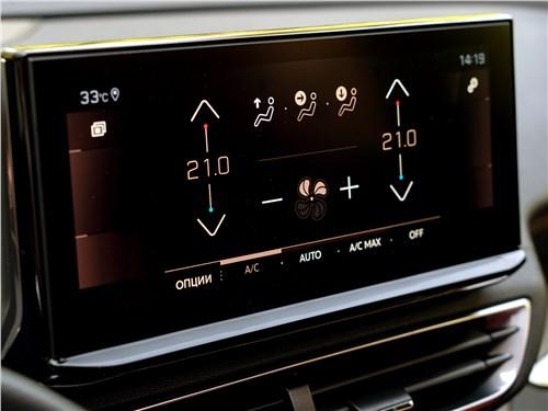 Peugeot 3008 (2021) монитор