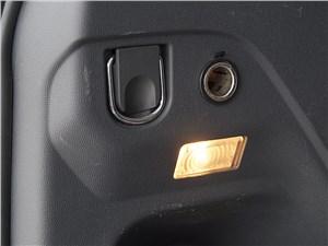 Chevrolet Trailblazer 2012 багажное отделение