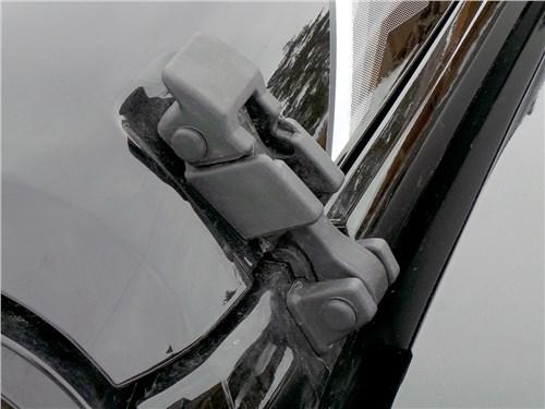 Предпросмотр jeep wrangler 2007 замок капота