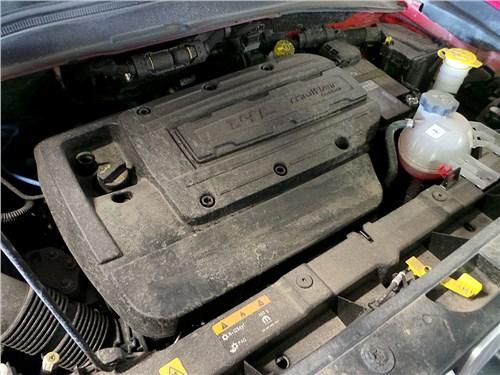 Предпросмотр jeep renegade 2014 двигатель
