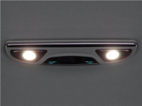 Предпросмотр haval h2 2014 плафон освещения