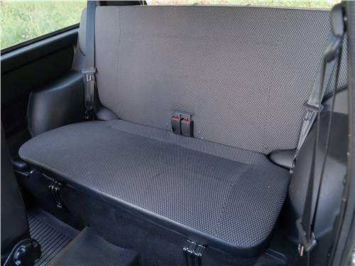 Lada 4x4 2017 задний диван