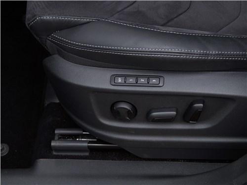 Предпросмотр skoda kodiaq 2017 водительское кресло
