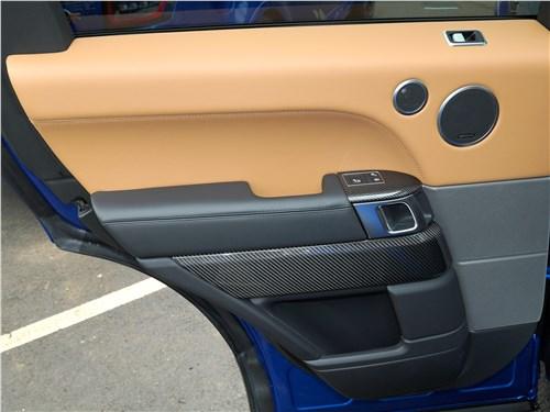 Land Rover Range Rover Sport SVR 2018 задняя дверь