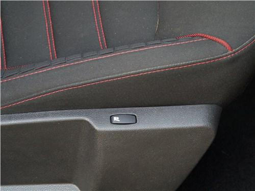 Renault Kaptur 2016 передние кресла