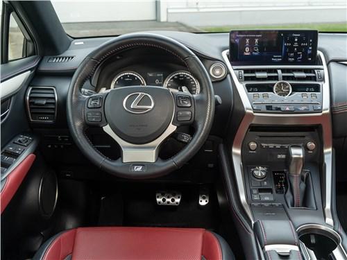 Lexus NX 2018 NX 300 АТ6 салон